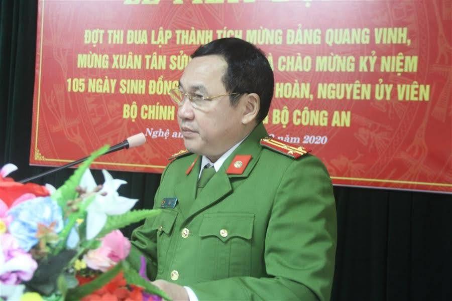 Thượng tá Ngô Minh Tằng, Phó trưởng Phòng Cảnh sát Cơ động phát biểu phát động thi đua