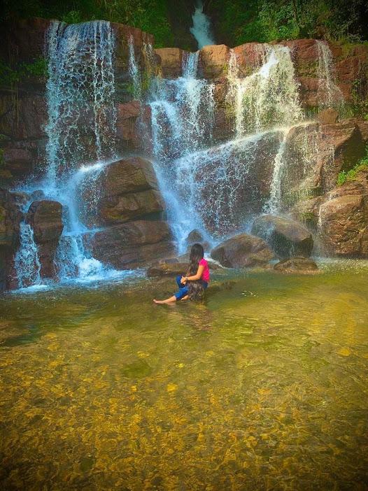 Saree Ella Waterfall