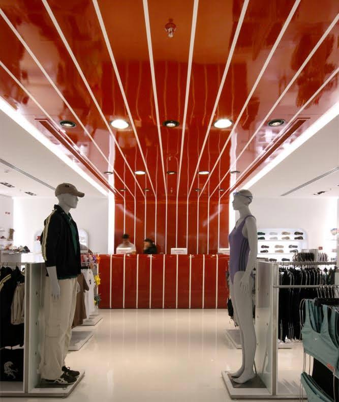 mẫu thiết kế shop quần áo thời trang