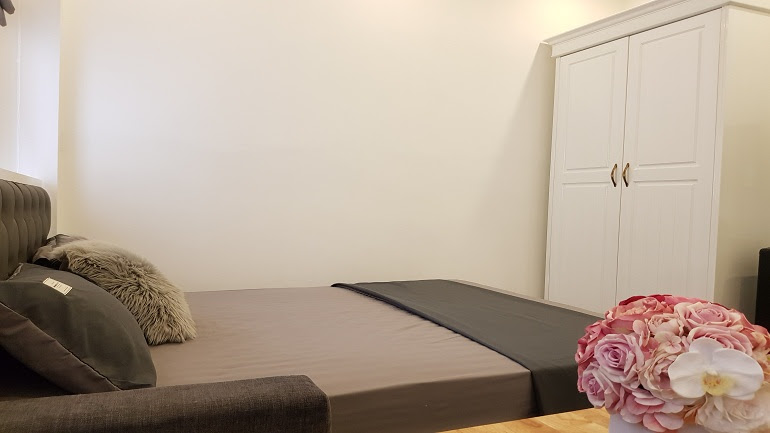 Nice cheap studio apartment in Doi Can street, Ba Dinh district for rent