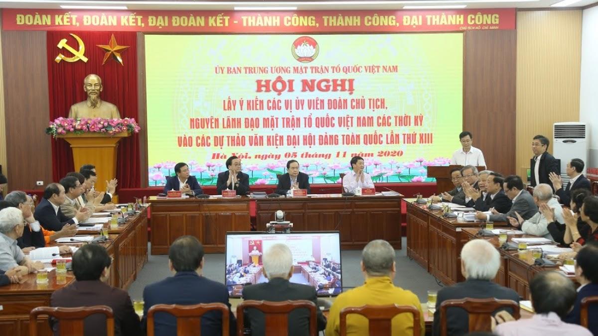 Ủy ban Trung ương Mặt trận Tổ quốc Việt Nam đã tổ chức 4 Hội nghị, đã tổng hợp được 65 ý kiến phát biểu trực tiếp và trên 240 ý kiến đóng góp bằng văn bản vào Dự thảo Văn kiện Đại hội XIII
