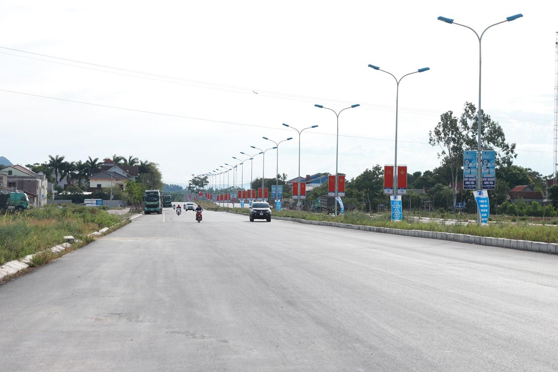 Tuyến đường 2 đầu cầu Hiếu được xây dựng hoàn thiện