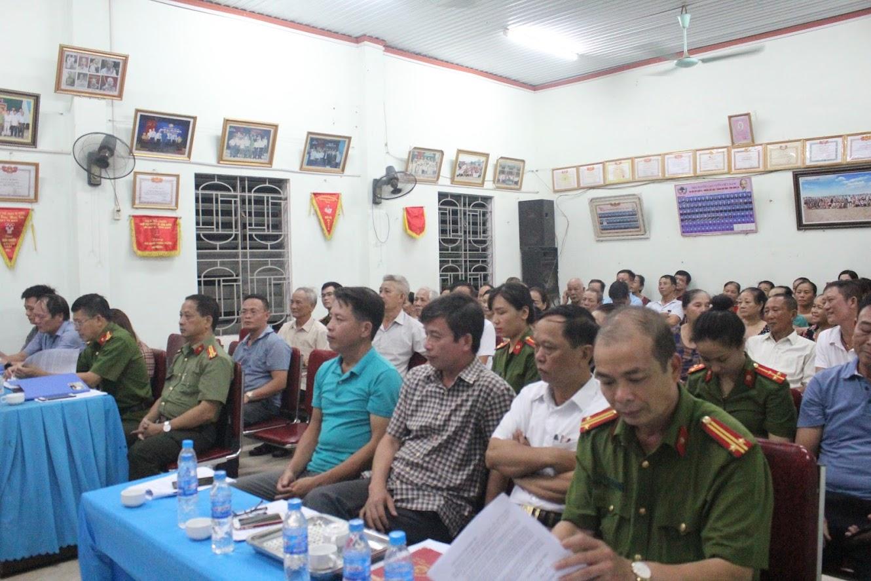 Các đại biểu tham dự buổi lễ ra mắt