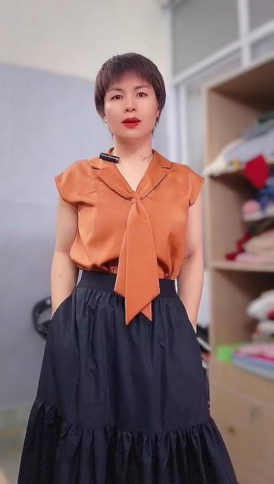 áo bám vai và phối đồ 2 kiểu váy xòe midi v763 thời trang thủy hải phòng 1
