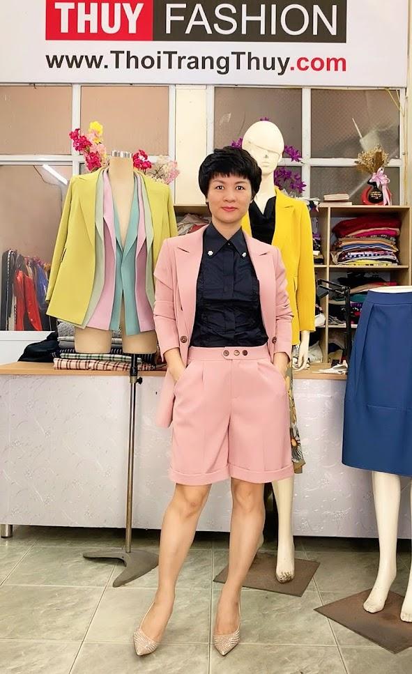 Áo vests nữ dáng suông mix đồ quần short ngắn V731 thời trang thủy sài gòn