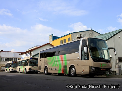 弘南バス「ノクターン号」 33101-3 五所川原駅前にて_02