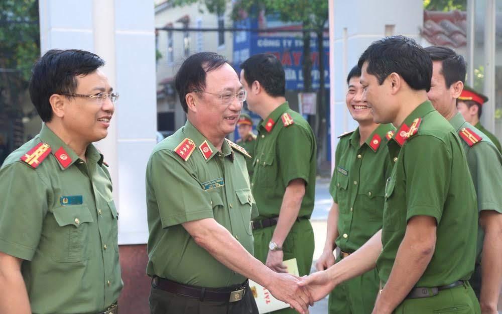 Thượng tướng Nguyễn Văn Thành, Thứ trưởng Bộ Công an làm việc với Công an TP Vinh.