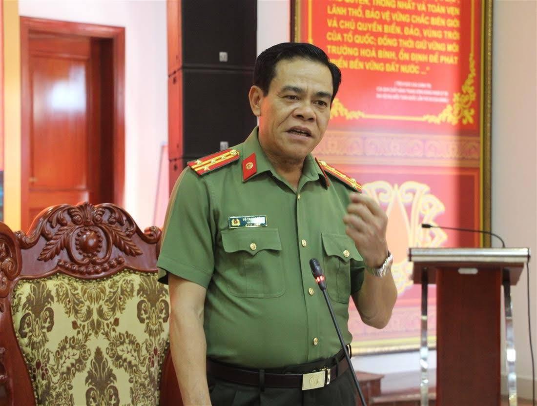 Đại tá Võ Trọng Hải, Giám đốc Công an tỉnh phát biểu tại buổi làm việc