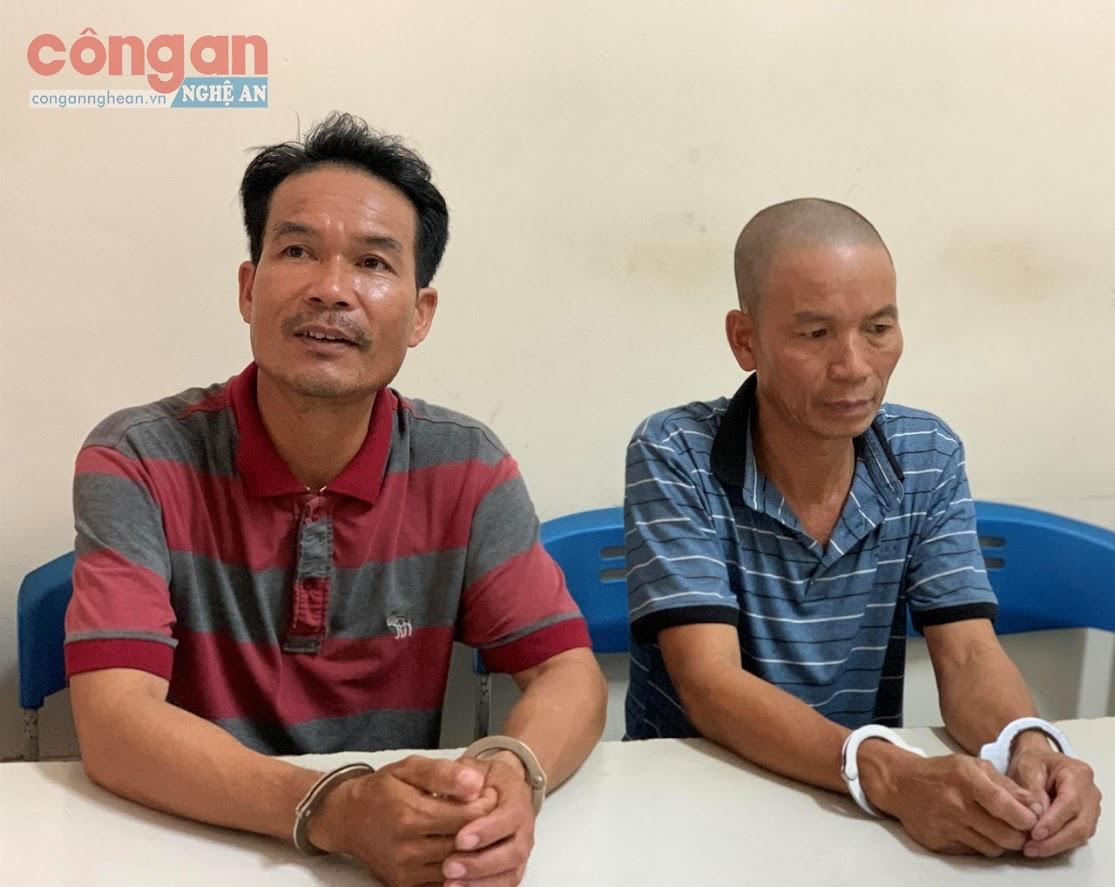 2 đối tượng Trương Văn Thu và Trần Trung Kiên tại cơ quan Công an