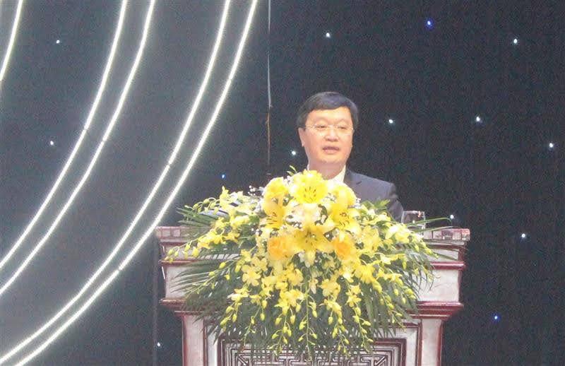 Chủ tịch UBND tỉnh Nguyễn Đức Trung quán triệt chuyên đề phát triển kinh tế - xã hội, quốc phòng - an ninh và hoạt động đối ngoại của tỉnh