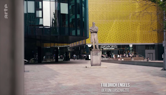Engels-Statue, Bild aus Video.