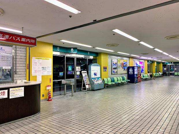浜松町バスターミナル8番のりば