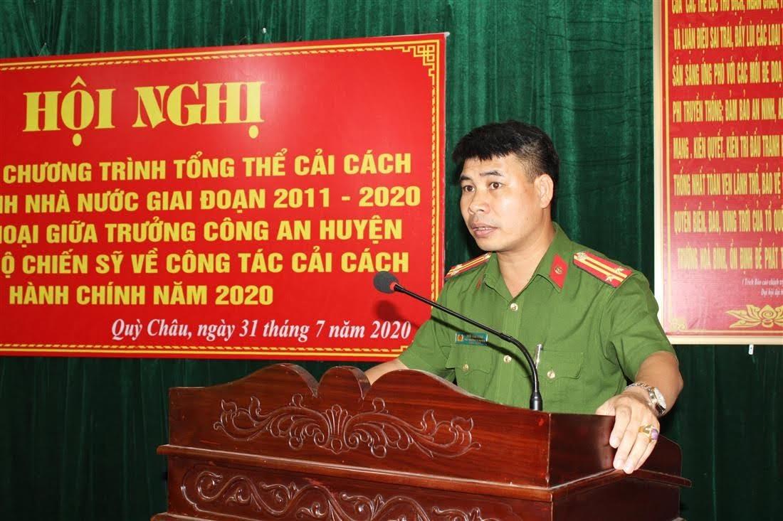 Đồng chí Trung tá Ngô Văn Hùng - Phó Trưởng Công an huyện phát biểu  khai mạc Hội nghị