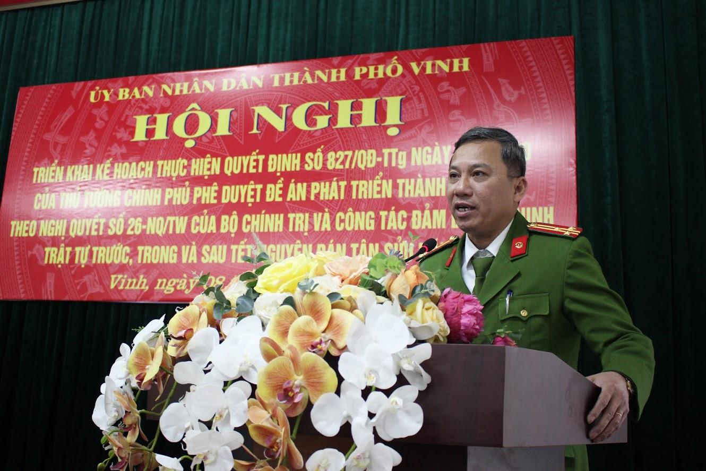 Đồng chí Thượng tá Hoàng Duy Hà – Phó Trưởng Công an TP Vinh phát biểu tại Hội nghị.