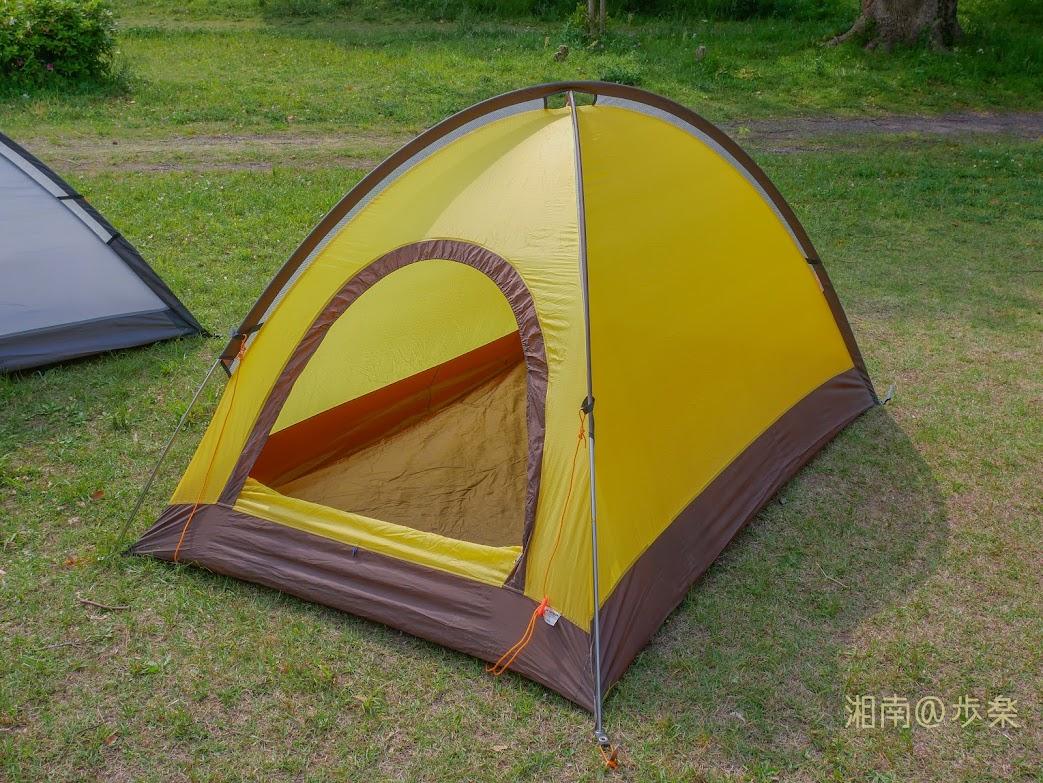 アライテント エアライズ2 外張りもラインナップされていて、奇抜なデザインを採用していないが、風と雨には兎に角強いテントだ。