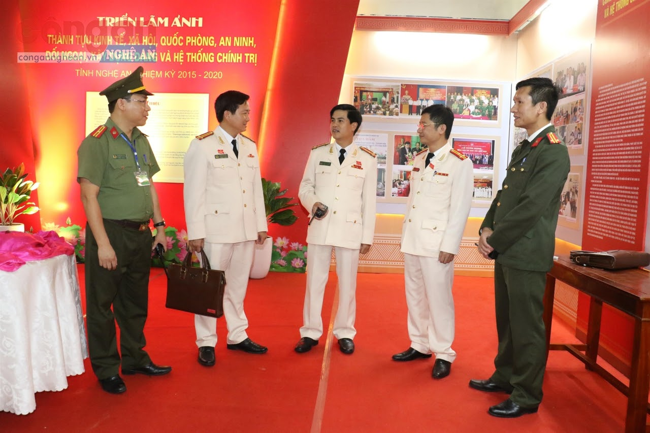 Đồng chí Đại tá Nguyễn Đức Hải, Phó Giám đốc Công an tỉnh cùng lãnh đạo Công an các đơn vị, địa phương triển khai kế hoạch bảo đảm ANTT Đại hội đại biểu Đảng bộ tỉnh lần thứ XIX, nhiệm kỳ 2020 - 2025