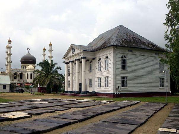 Suriname Mosque and Neveh Shalom Synagogue