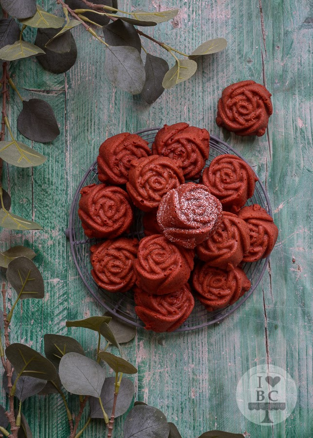 Mini Red Velvet Roses