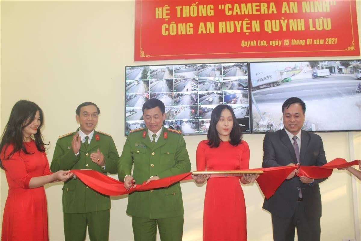 Cắt băng khánh thành hệ thống camera an ninh huyện Quỳnh Lưu