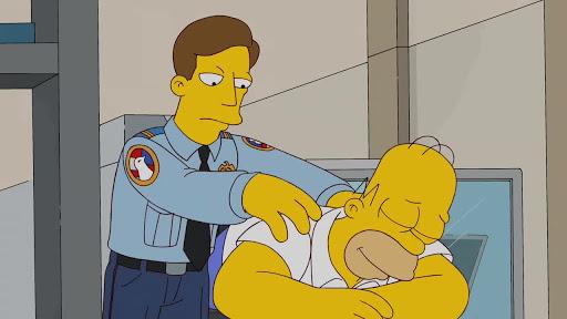 Los Simpsons 23x10 Políticamente inepto, con Homer Simpson