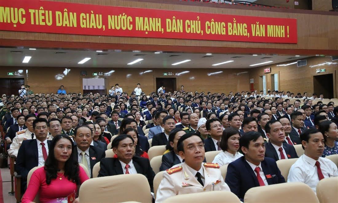 Tham dự phiên trù bị có 448 đại biểu tham dự, đại diện cho hàng ngàn đảng viên, tiêu biểu cho ý chí, trí tuệ và sức mạnh đoàn kết của toàn Đảng bộ tỉnh nhà
