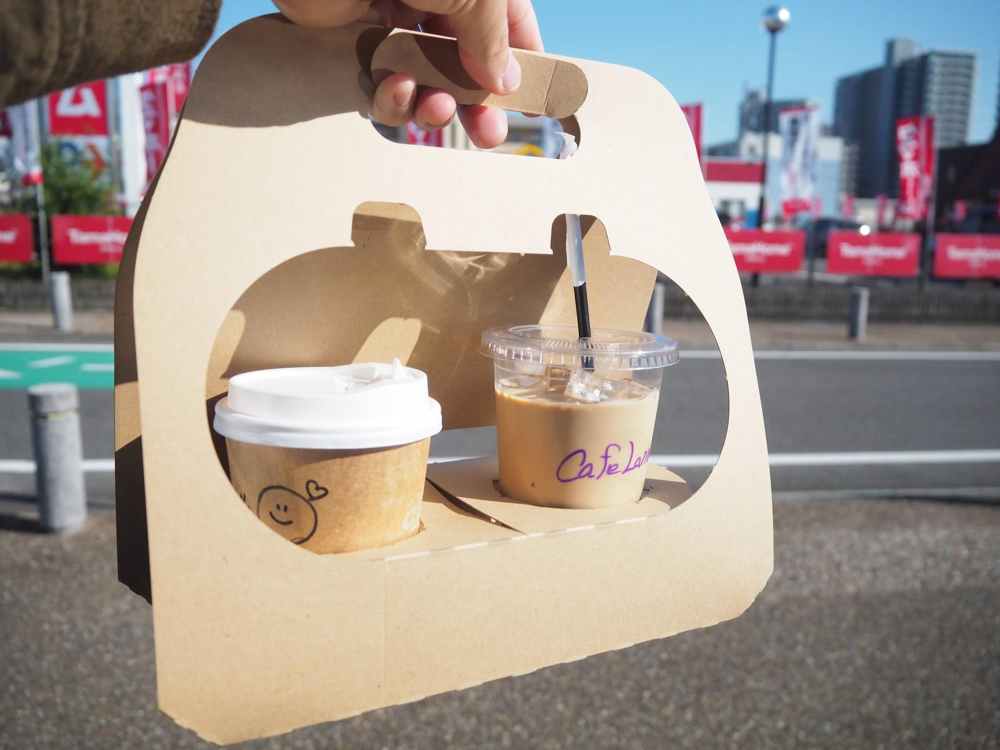 コーヒーライクスでコーヒーをテイクアウト