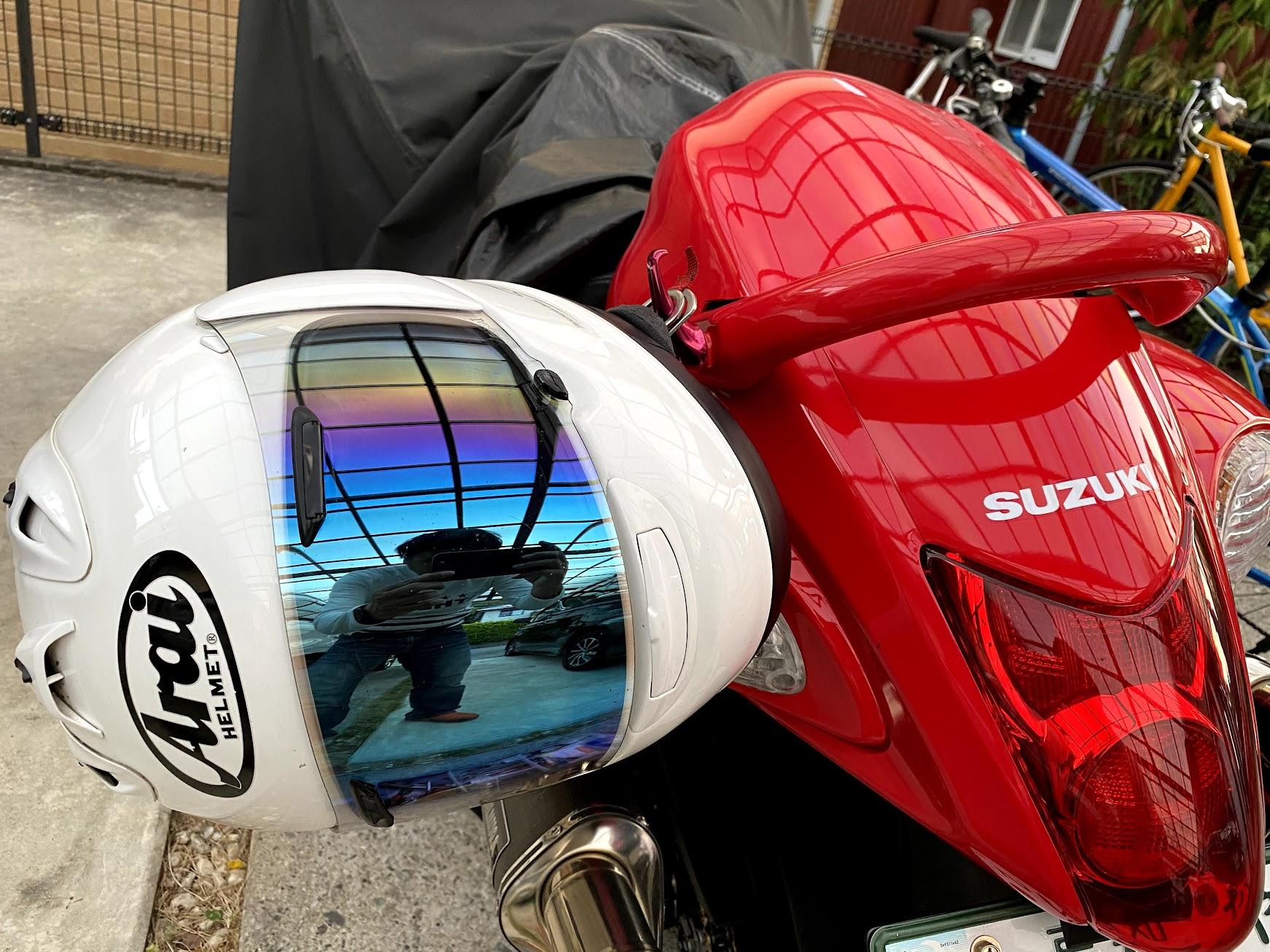 ヘルメットをかけてみました