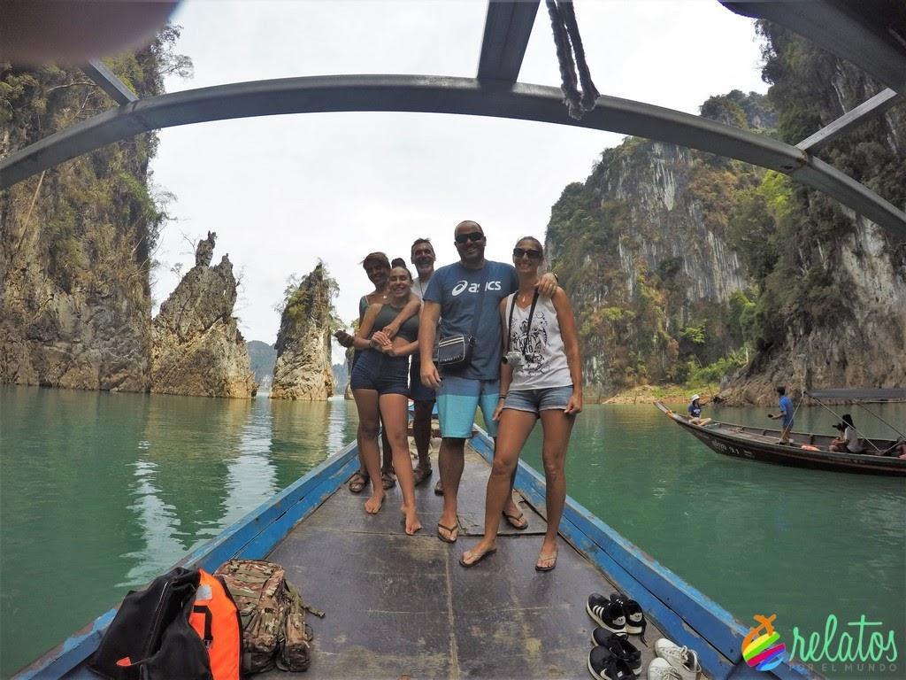 Formaciones rocosas Cheow Lan Lake