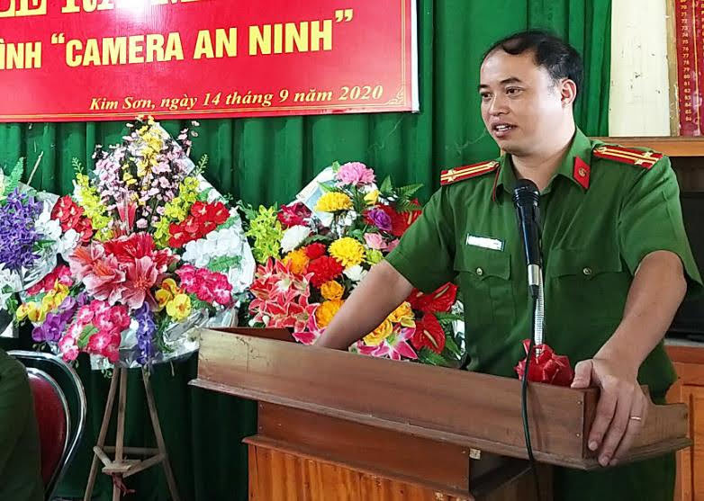 Trung tá Mai Đức Quân - Phó Trưởng Công an huyện Quế Phong phát biểu tại Lễ ra mắt.