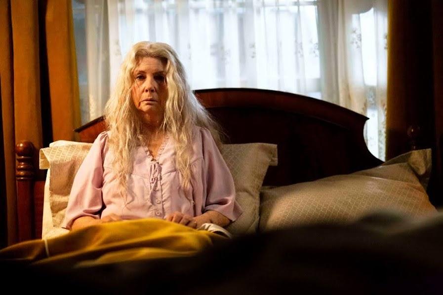 澳洲七旬國寶女星跪地學貞子《 家靈 》成2020年最恐怖電影