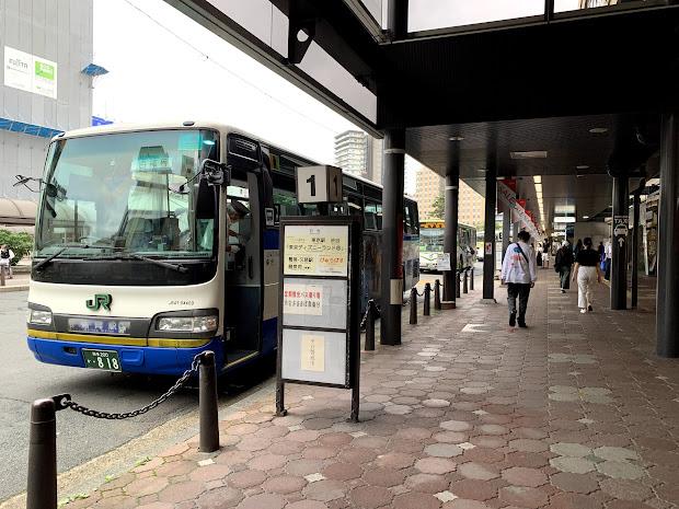 盛岡駅前東口バスターミナル1番のりば