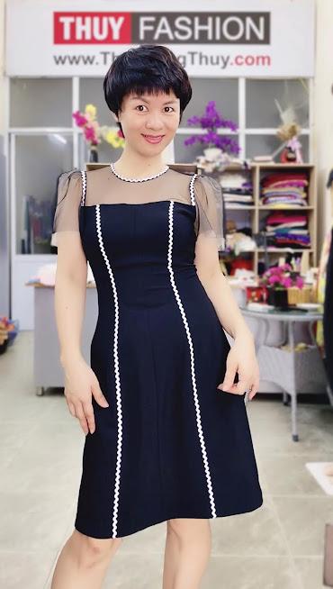 Làm eo thon và che bụng với váy xòe chữ A thời trang thủy sài gòn