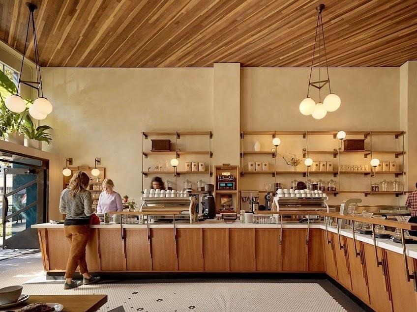 quầy pha chế quán cafe