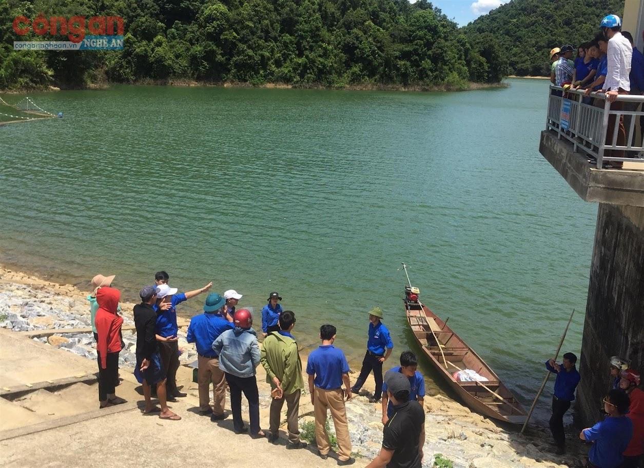 Công tác kiểm tra đảm bảo an toàn cho các hồ, đập,  công trình thủy lợi cần được chú trọng