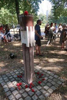 Hiroshima-Gedenken in Düren am Friedensmahnmal.