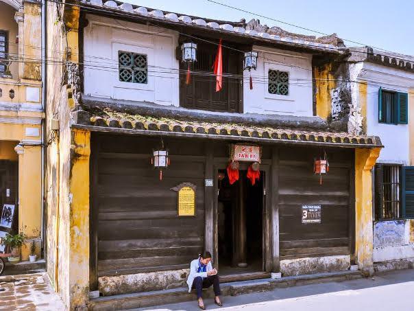 Tan Ky Family House