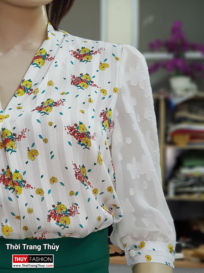 Áo sơ mi nữ và chân váy bút chì công sở V711 thời trang thủy quảng ninh