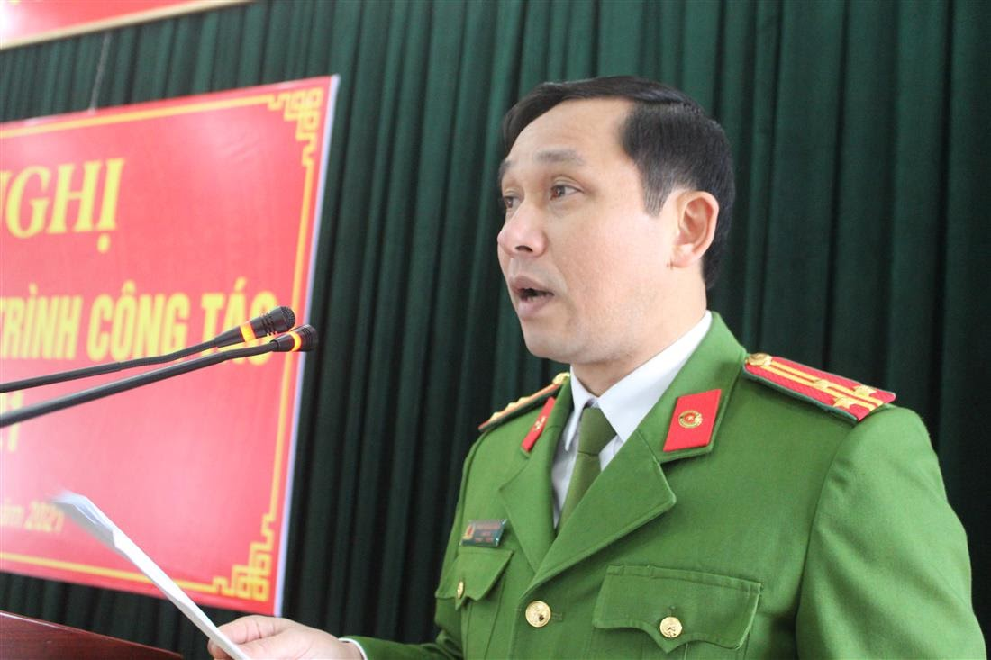 Thượng tá Đinh Trọng Dung, Giám thị Trại tạm giam phát biểu khai mạc hội nghị