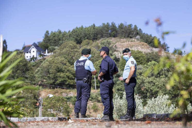 População de Lalim muda rotinas com medo de homem que matou a mulher