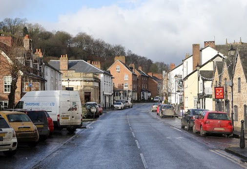 'Keep it down!' plea from town centre residents