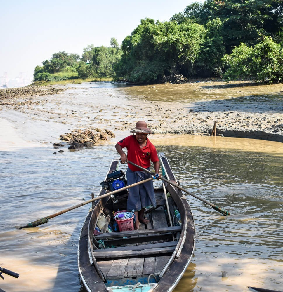 boatman crossing from dala to yangon.jpg