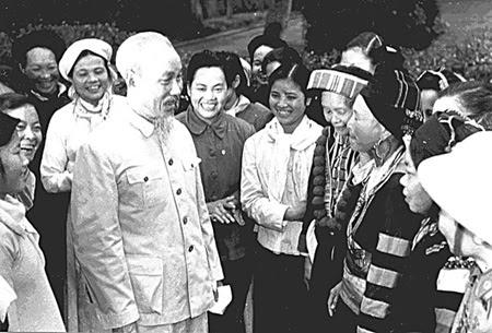 Chuẩn mực đạo đức, lối sống, phong cách làm việc theo tấm gương Chủ Tịch Hồ Chí Minh đối với Cán Bộ, Đảng viên, Viên chức và nhân viên trường Cao đẳng Kinh tế - Kỹ thuật Bạc Liêu