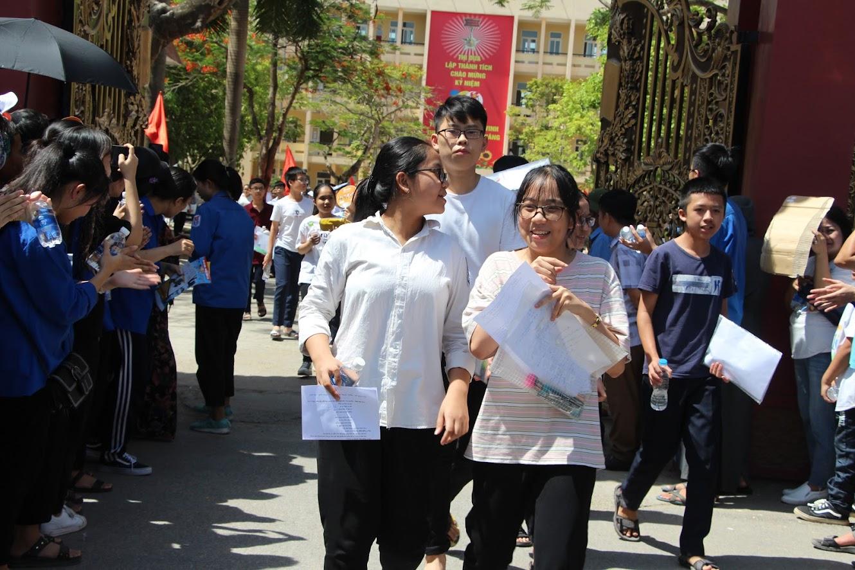 Thí sinh Nghệ An tham dự kỳ thi vào lớp 10 năm học 2020-2021