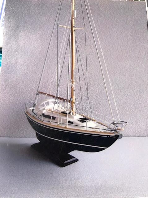 Anna in het klein. Een model van de Nicholson 31.