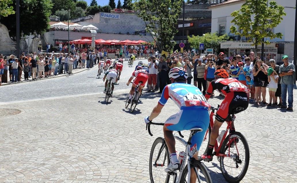 Volta a Portugal com meta volante no centro de Lamego