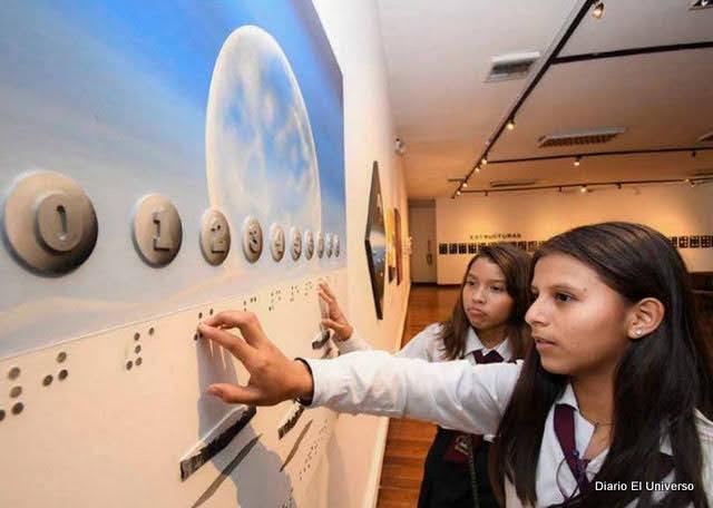 Estructuras Tactiles Ocultas en Braille