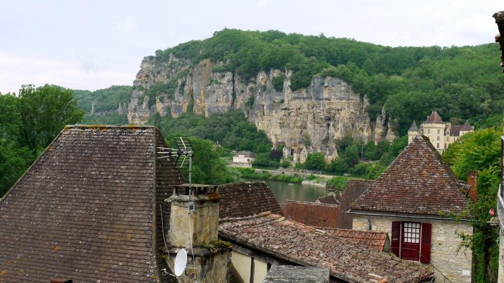 Les Eyzies de Tayac-Sireuil e suas cavernas pré-históricas