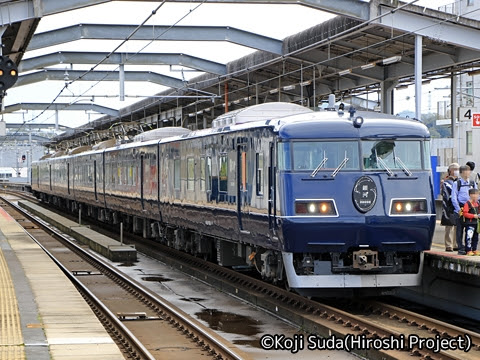 JR西日本 117系「WEST EXPRESS 銀河」 出雲市駅にて_102