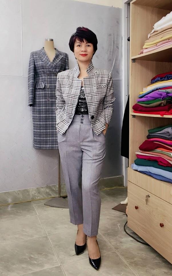 Áo vest nữ dáng ngắn ngang eo kẻ caro V746 thời trang thủy đà nẵng