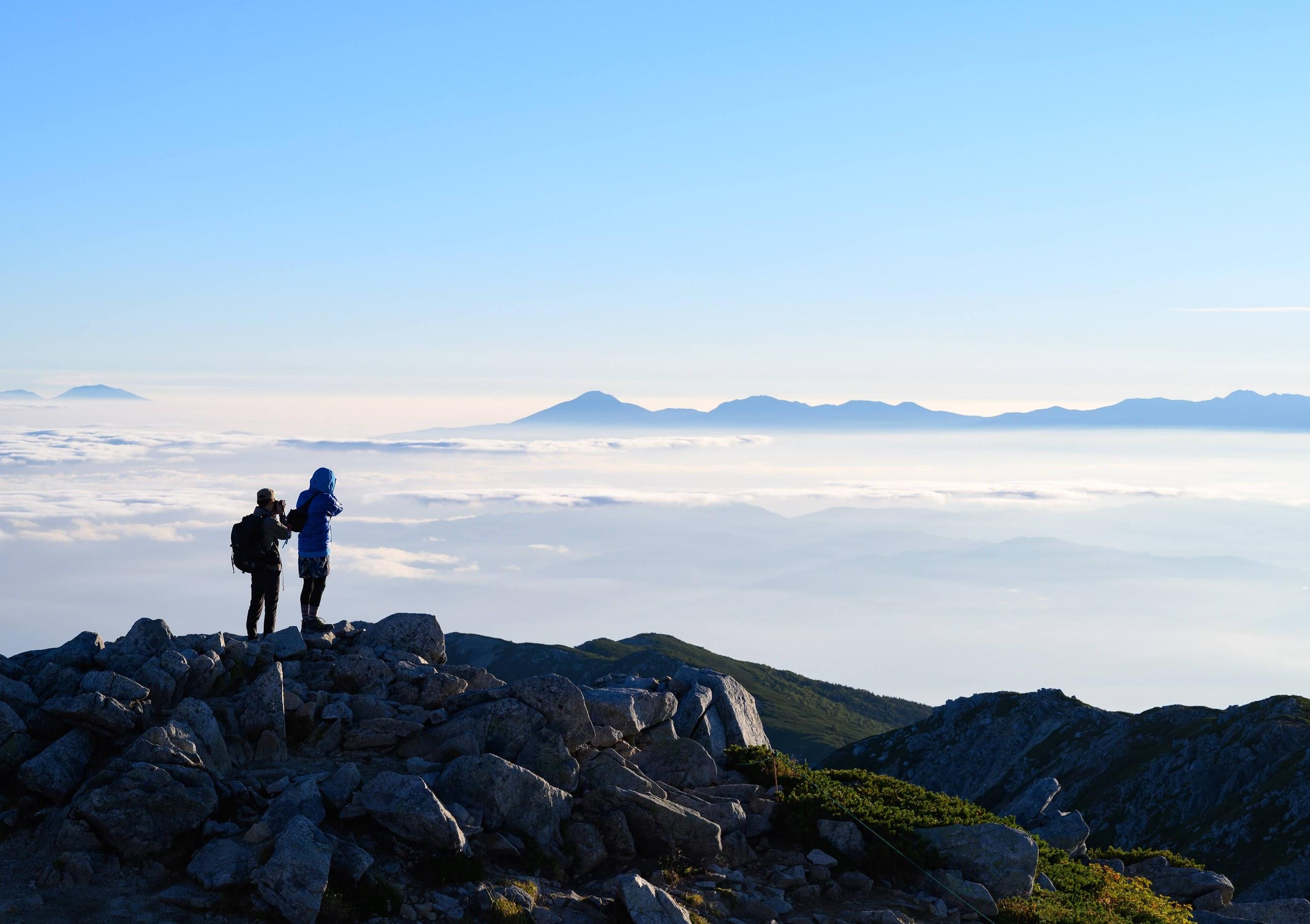 日帰り登山なんてもったいない!登山するなら山泊が絶対おすすめな「6つの理由」